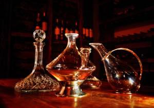 Wine_Decanters_(13925503319)